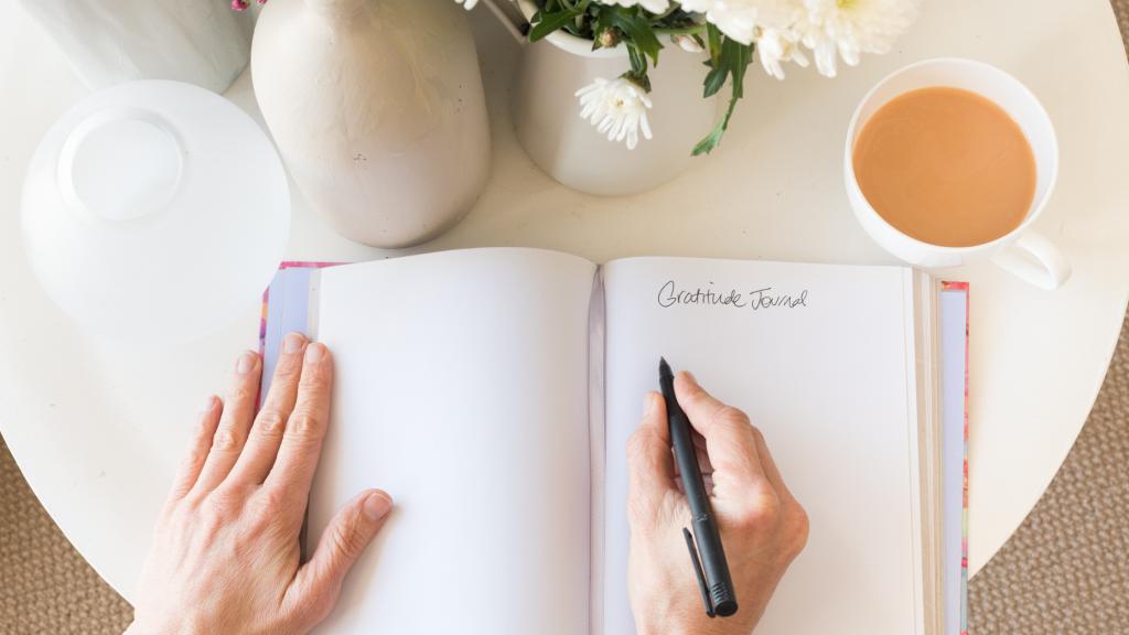 gratitude journaling for mindfulness